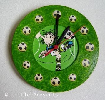 Wanduhr Fussball