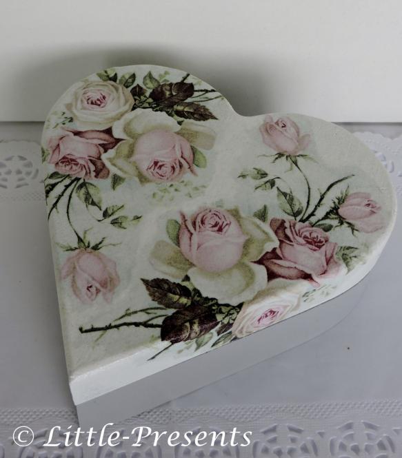 Herzbox, Geschenkbox romantische Rosen