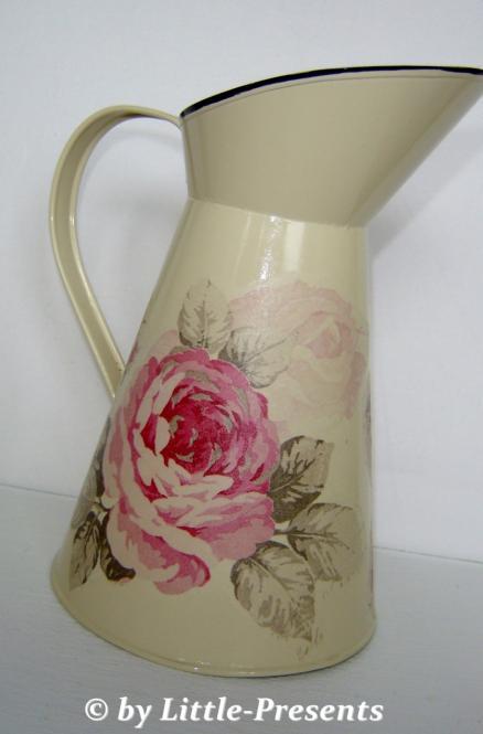 nostalgische Kanne rosa Rosen