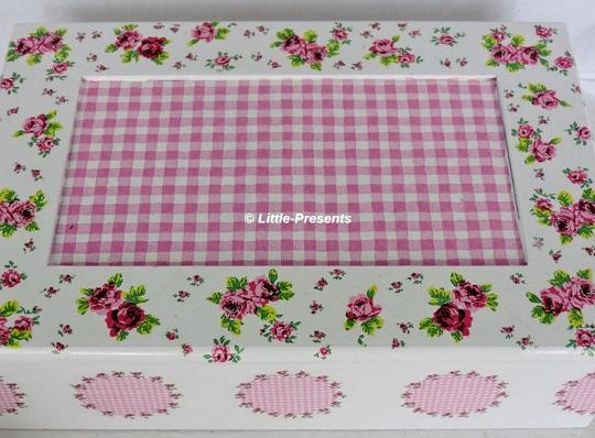 Teebox, Sammlerbox, Schmuckbox, mit romantischen kleinen Rosen